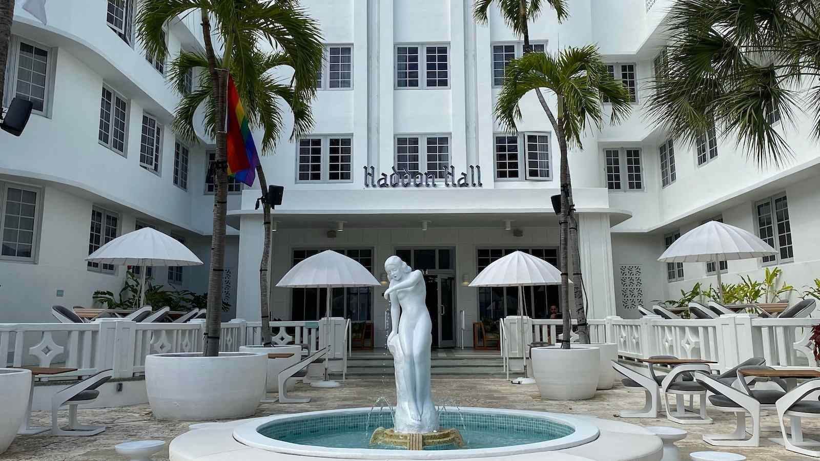 The art deco AxelBeach Miami is definitely the most fabulous gay hotel to stay at in Miami