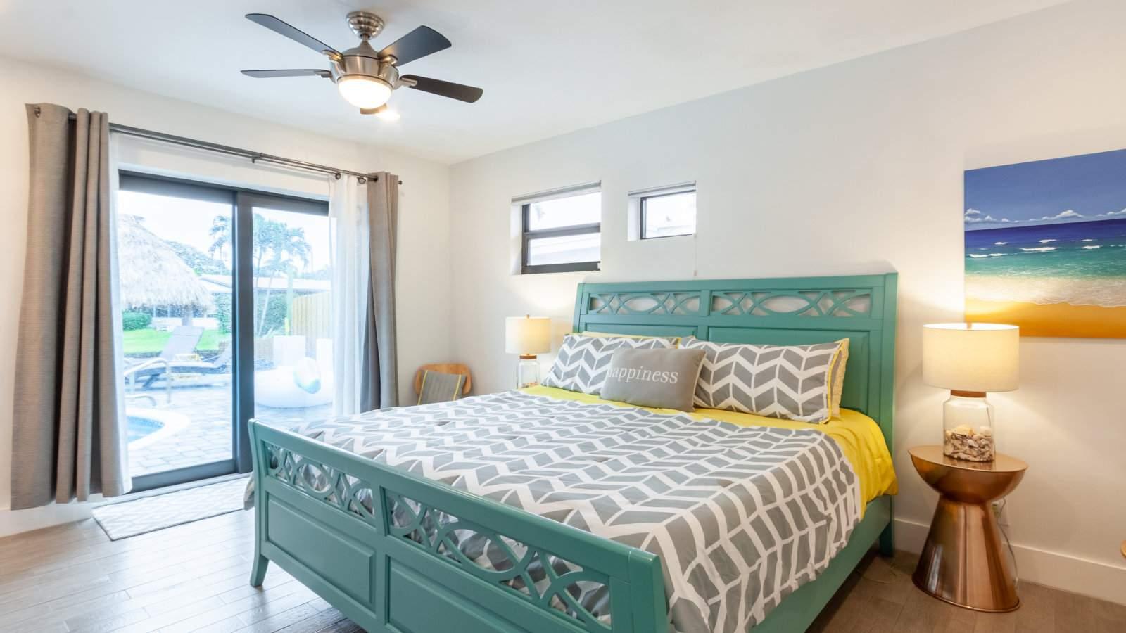 Você pode ficar com um grupo de amigos gays neste airbnb gay de estilo italiano em Fort Lauderdale