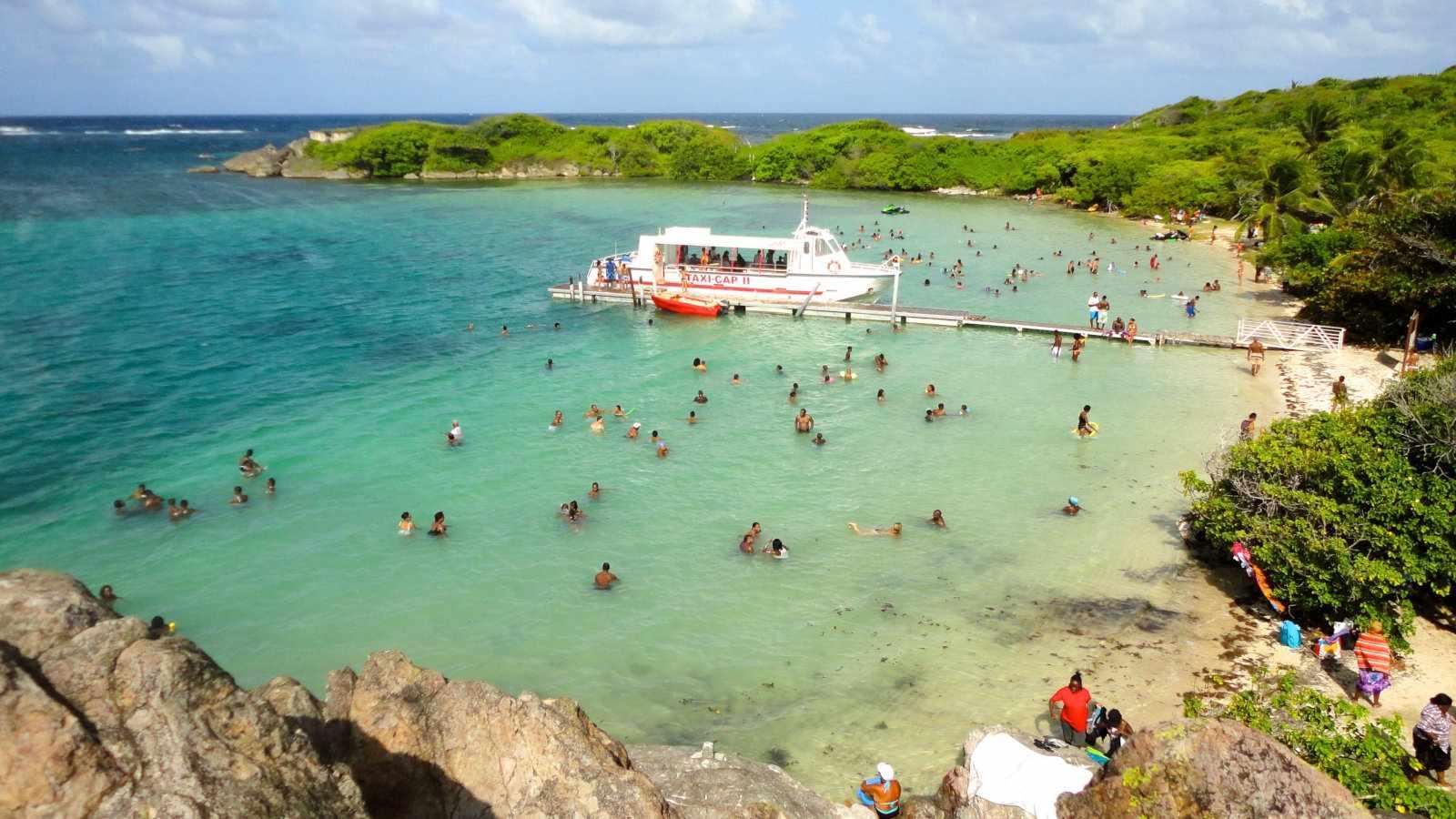 Martinica é uma bela ilha do Caribe que é um destino seguro para viajantes gays
