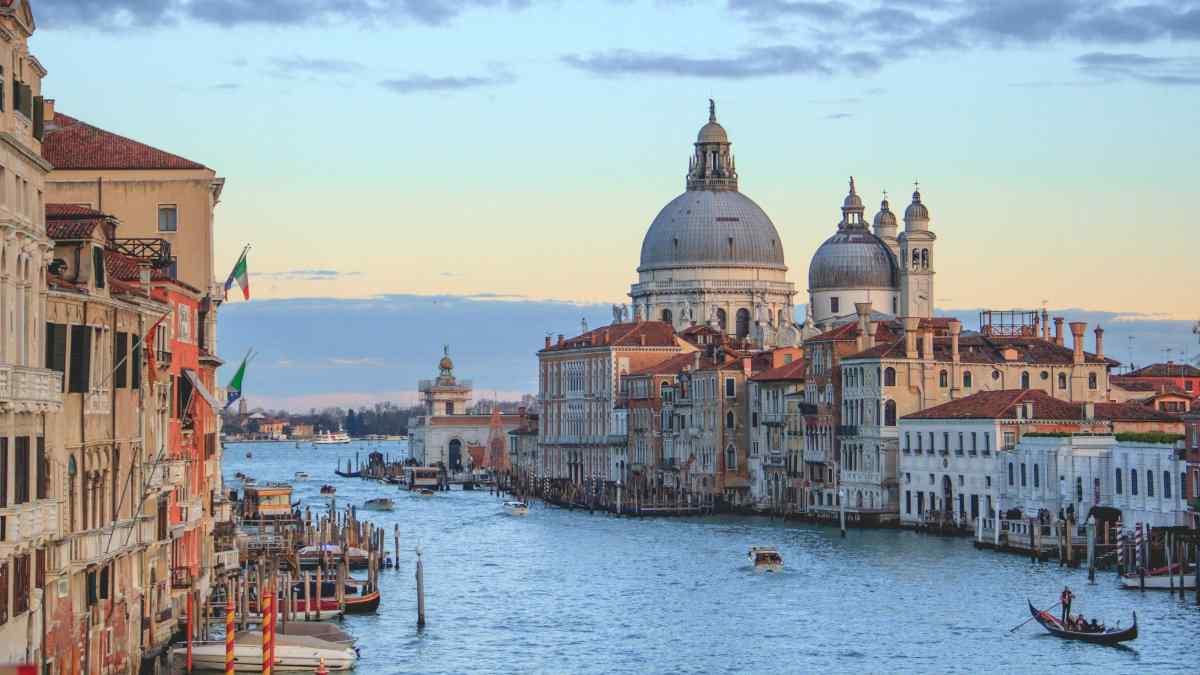 Há muito o que fazer na maravilhosa cidade italiana de Veneza