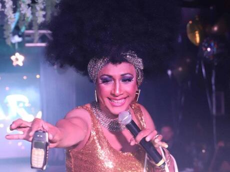 Azucar é um clube gay incrível em Miami com um tema latino distinto que amamos