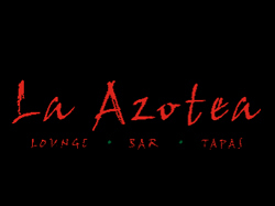 La Azotea is a trendy rooftop bar in San Miguel that also serves yummy Spanish food
