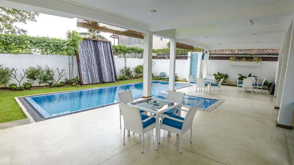 Binnacle Negombo is an affordable and gay friendly choice of accommodation in Negombo
