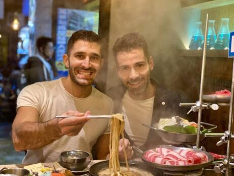 Hot Pot meals in Taiwan are yummy and fun to eat, especially with a few friends