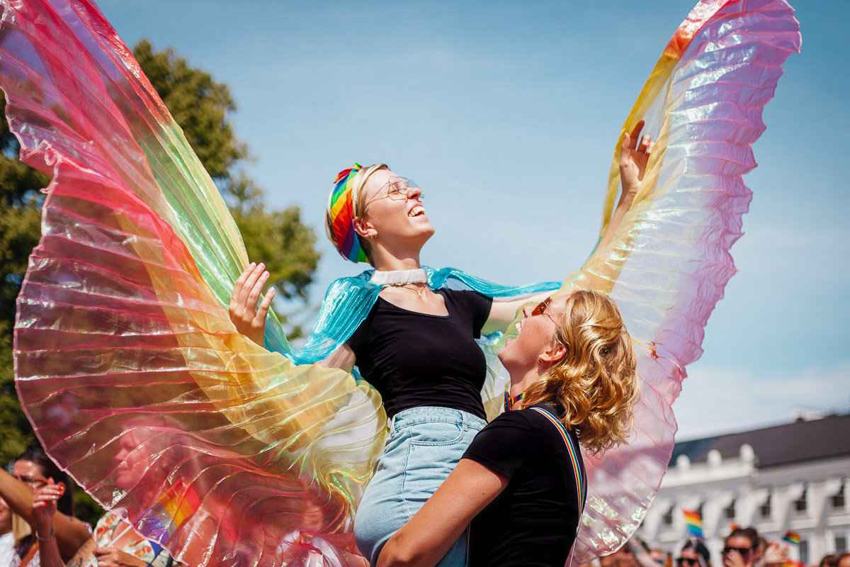 Roxanne e Maartje são o casal de lésbicas holandesas por trás de Once Upon a Journey, um blog sobre viagens e vida gay
