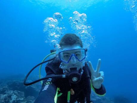 O mergulho é obrigatório em Palawan, com águas cristalinas e muitos peixes bonitos