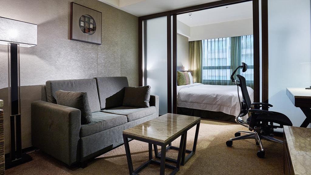 O Tango Hotel Taipei Linsen é uma opção gay friendly chique e moderna na agitada cidade