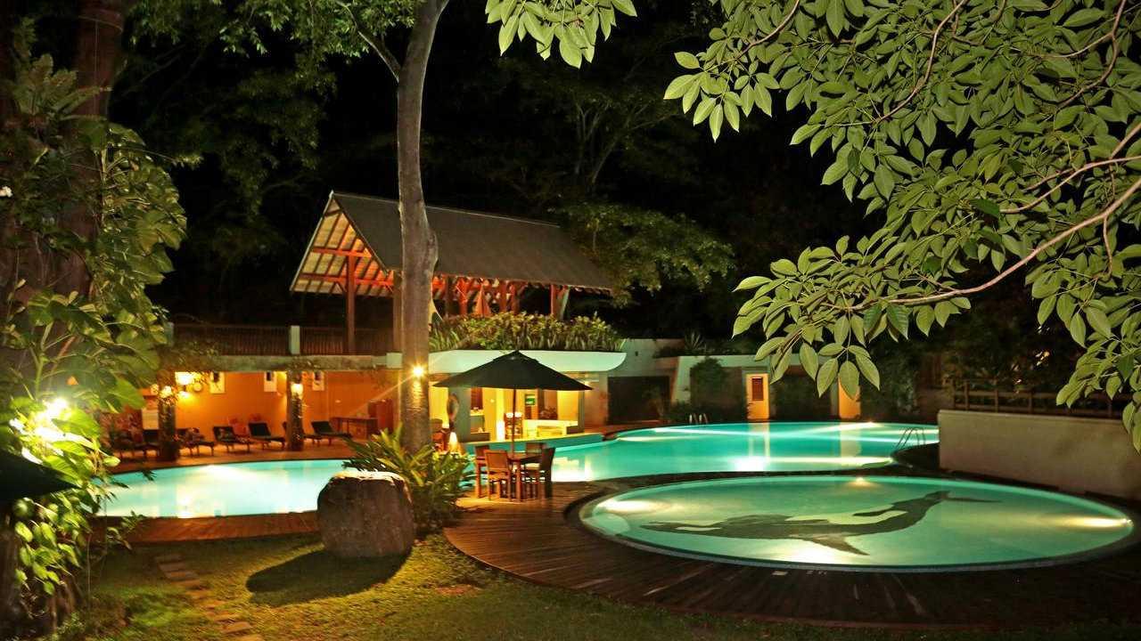 The Grand Udawalawe Safari Resort is the most luxurious hotel near the Udawalawe National Park