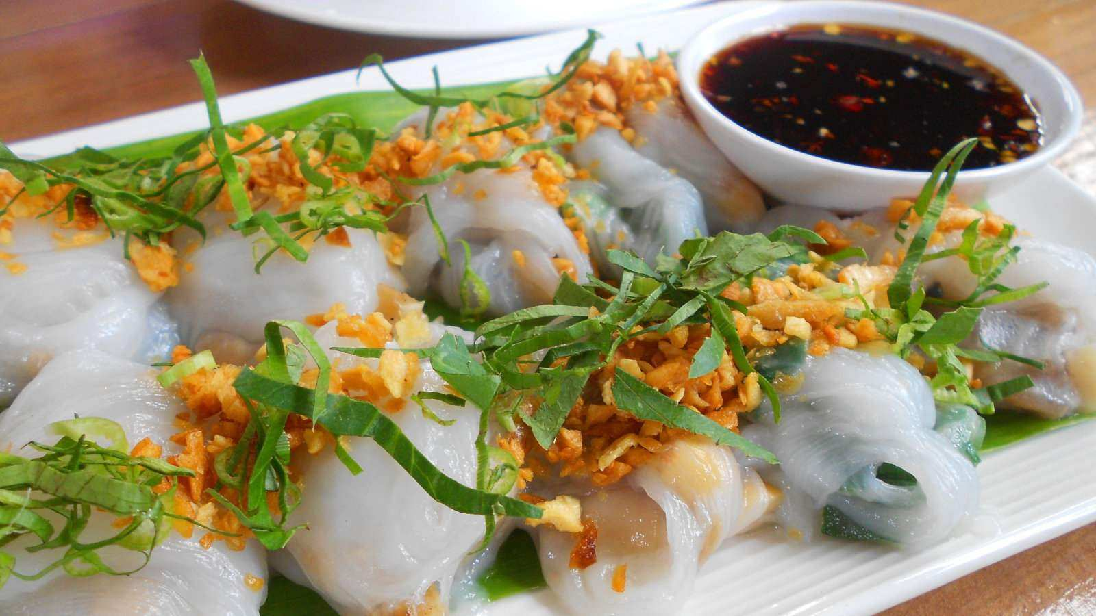 Banh cuon are a type of Vietnamese roll with yummy mushroom fillings