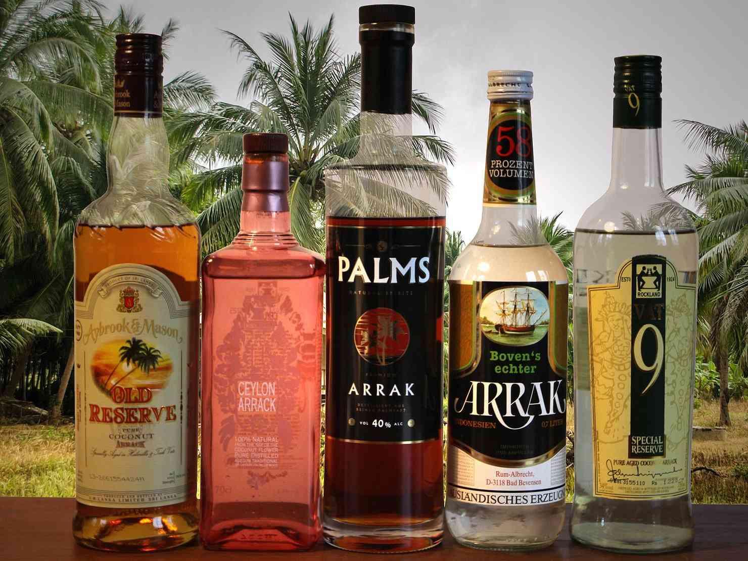 A araca do Ceilão é um tipo de destilado feito de seiva de palma que agora pode ser experimentado em todo o mundo