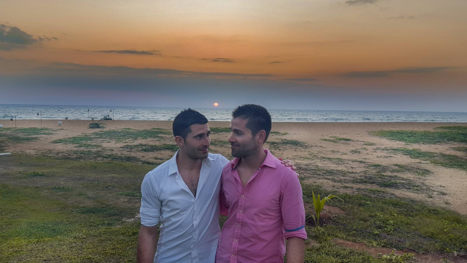 This is our gay travel guide to Negombo, the Sri Lankan seaside town with a small gay scene!