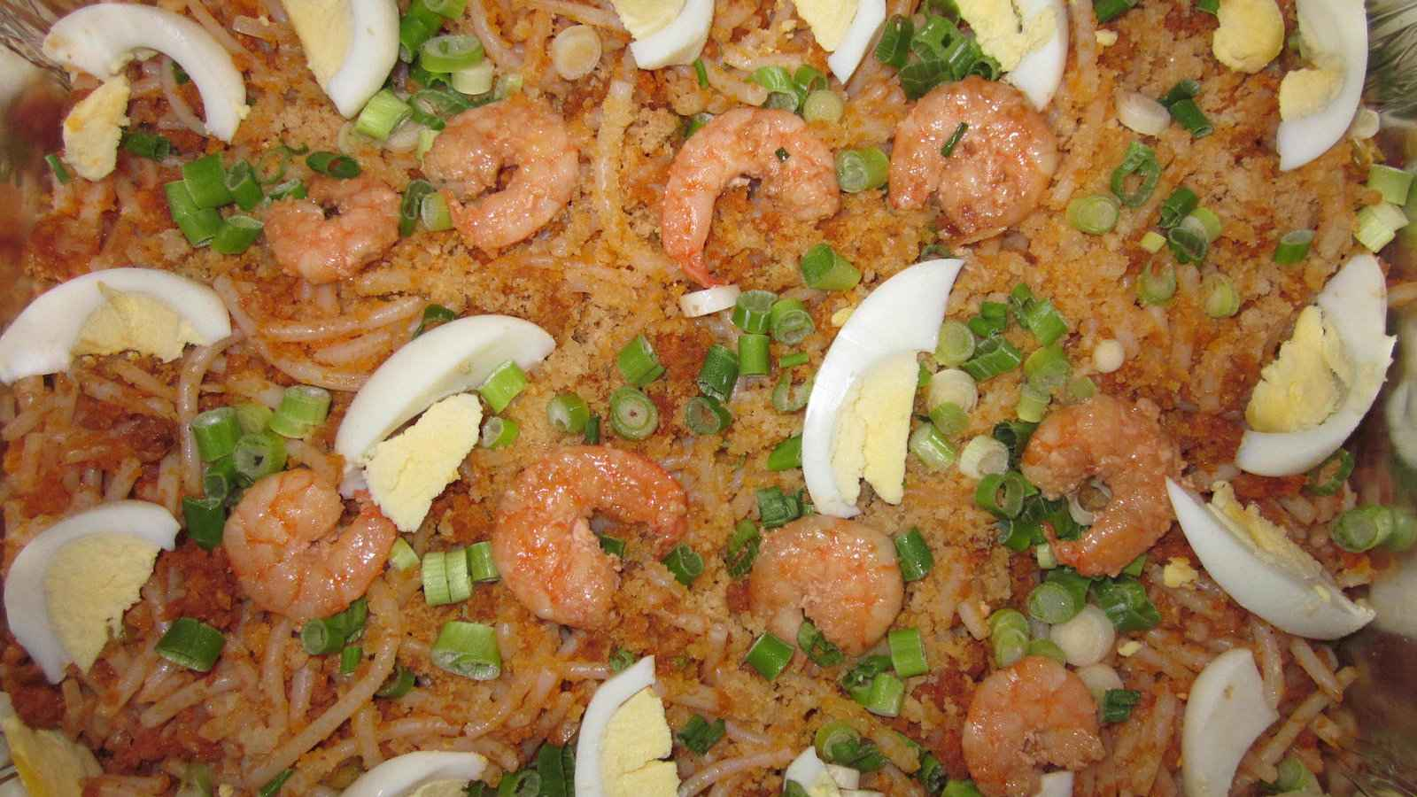 Pancit palabok is a rich and satisfying dish from the Philippines that we loved