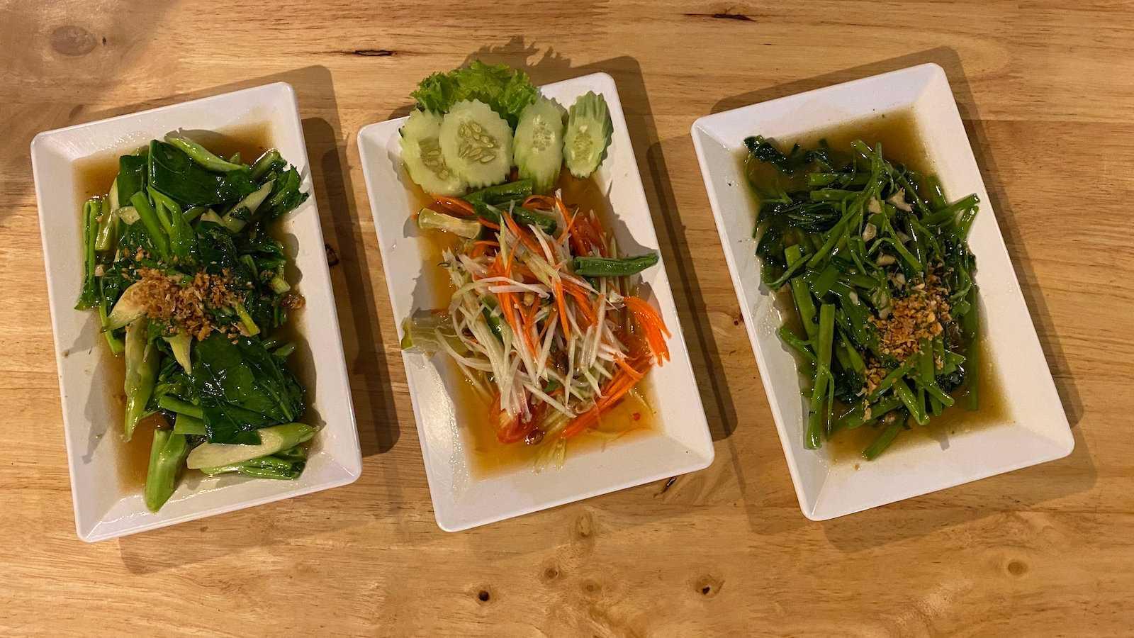 A ipoméia é um delicioso vegetal aquático da Ásia que adoramos frito no estilo tailandês