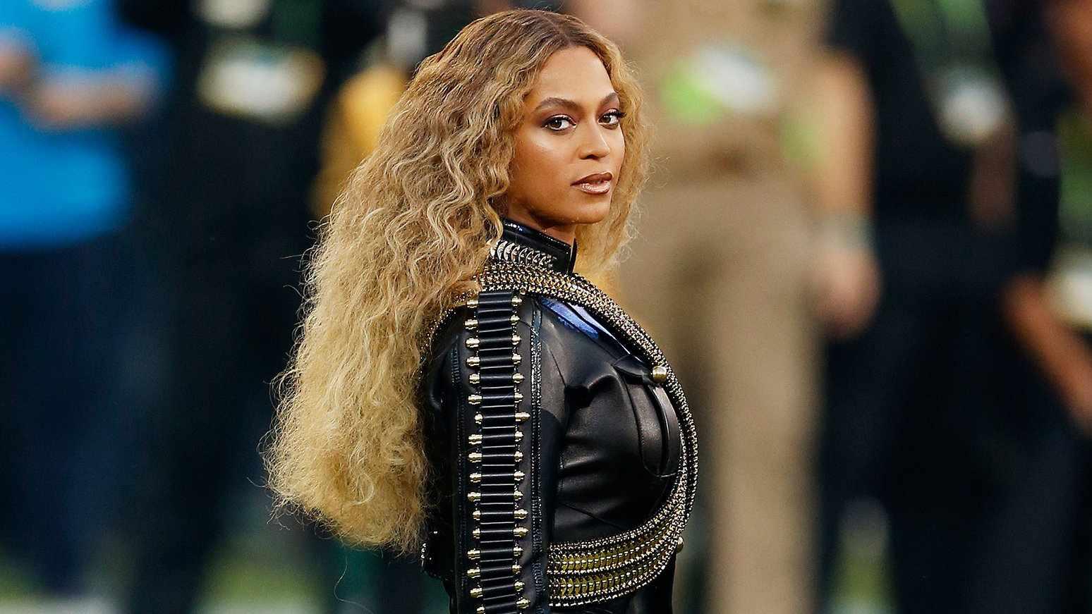 A cantora Beyoncé é um ícone gay por suas performances e estilo, mas ela também é uma defensora vocal de pessoas gays e trans