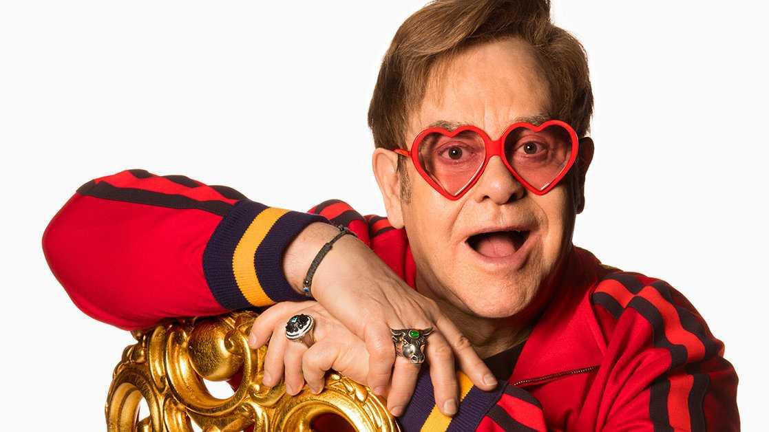 Elton John é sem dúvida um dos ícones gays britânicos mais conhecidos