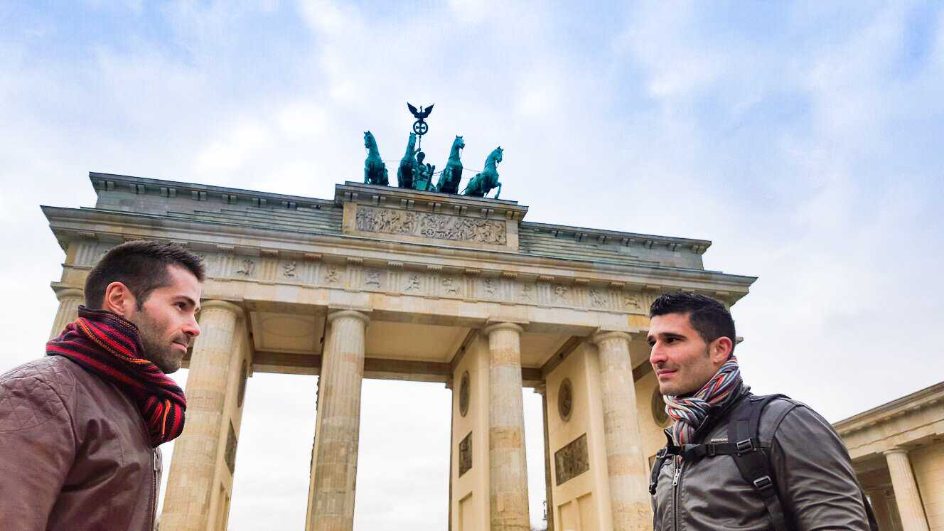 Walking through the areas around the Brandenburg Gate is a romantic way to spend an evening in Berlin