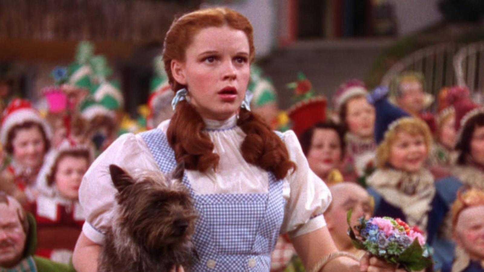 Judy Garland era vista como um ícone gay por seu estilo de atuação extravagante e, às vezes, campestre