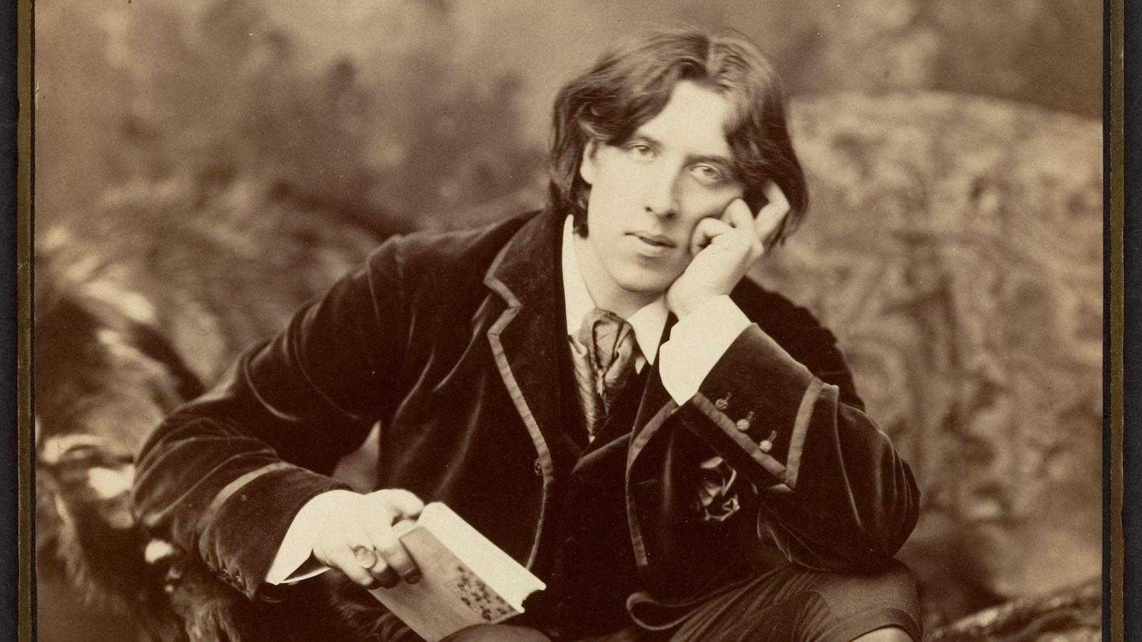 Oscar Wilde foi um famoso dramaturgo britânico e ícone gay