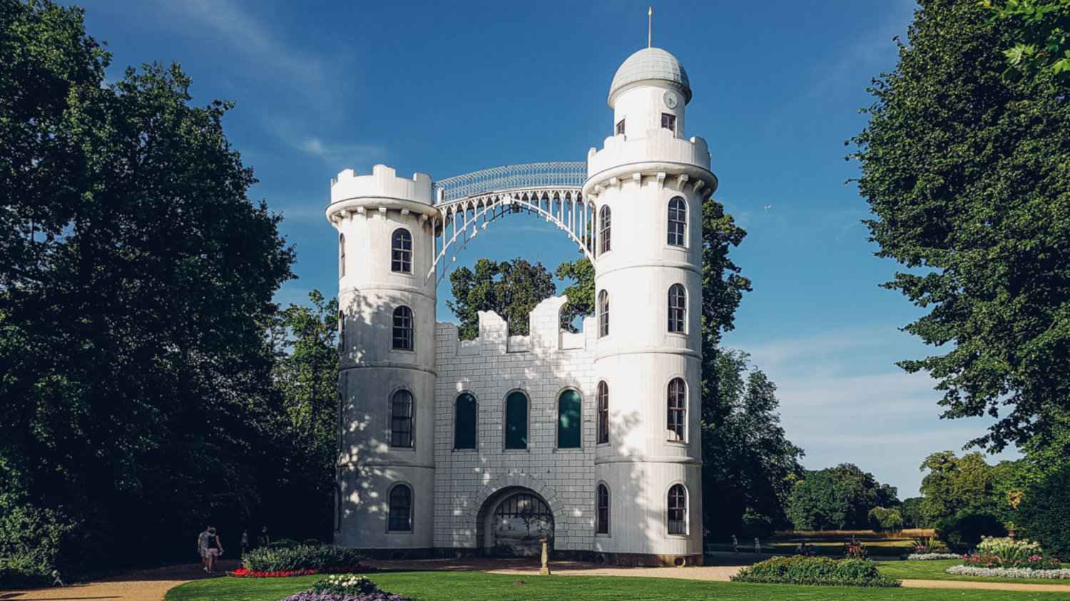 The Pfaueninsel island and castle is a romantic spot for a picnic in Berlin