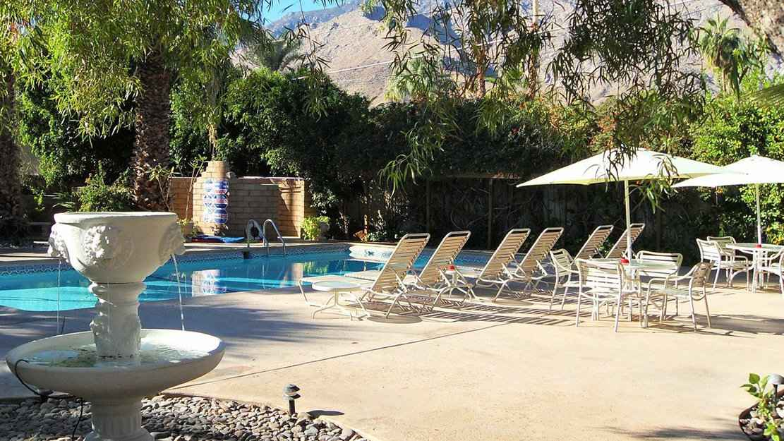 El Mirasol Villas was the first gay resort in the Warm Sands neighborhood of Palm Springs and is still going strong!