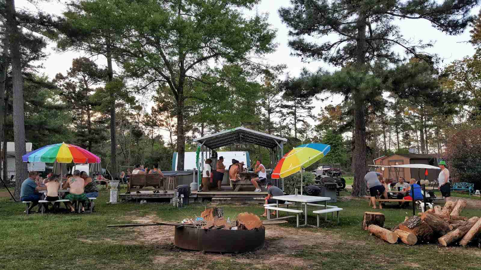 Grizzly Pines is a great gay campground for bears in Texas