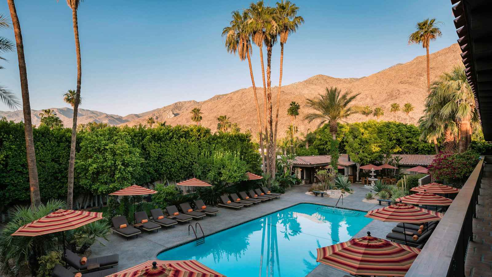 Santiago Resort is a gorgeous and luxurious resort for gay men in Palm Springs