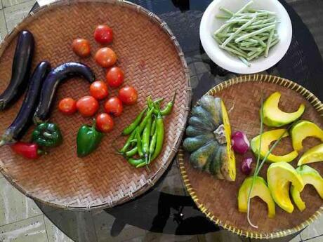 Learn to cook delicious Filipino cuisine in a local class while you're in Manila