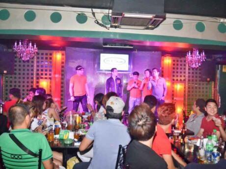 Jefz Cafe is a wonderful gay karaoke bar in Manila