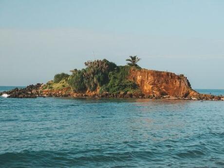 Parrot Rock Bridge is an island opposite Mirissa Beach in Sri Lanka