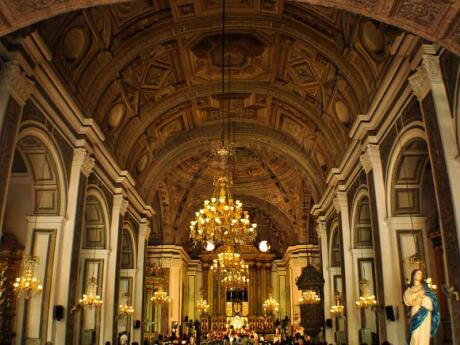 Manila's San Agustin Church is a stunning building and museum