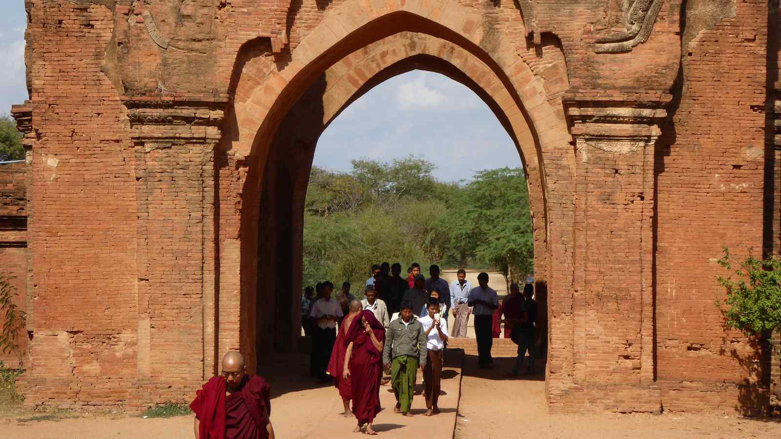 Dhammayangyi Pahto is one of the best temples in Bagan to see both sunrise and sunset