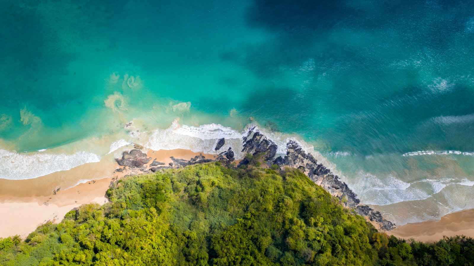 Tour B from El Nido is a great option if you want to relax on stunning beaches