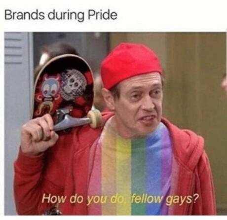 Marcas sendo performativamente gay friendly durante o Orgulho tornou-se um dos melhores memes gays