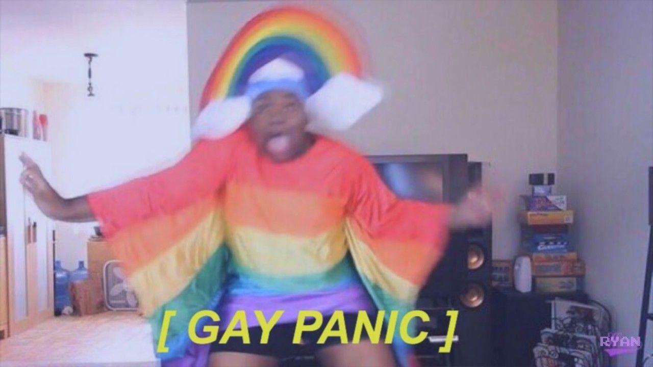 O meme do pânico gay é um dos melhores memes gays engraçados que existem