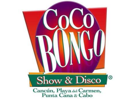 Coco Bongo é um clube misto em Playa del Carmen com artistas incríveis