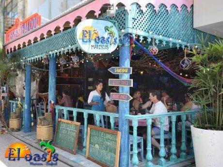 El Oasis Mariscos é um dos melhores lugares para comer frutos do mar frescos em Playa del Carmen