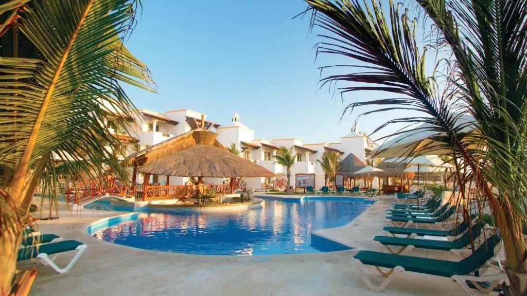 Se você gosta de descobrir tudo, vai adorar o Hidden Beach Resort Au Natural, exclusivo para adultos, em Playa del Carmen