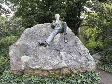 Gay visitors to Dublin need to stop by the statue commemorating Oscar Wilde
